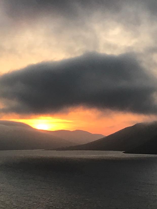Solnedgang-Færøerne
